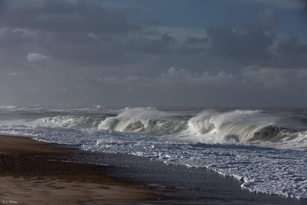 No.14 Bølger modvind